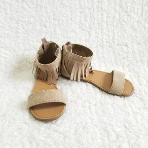 Crazy 8 size 9 Toddler Tan Fringe Sandals